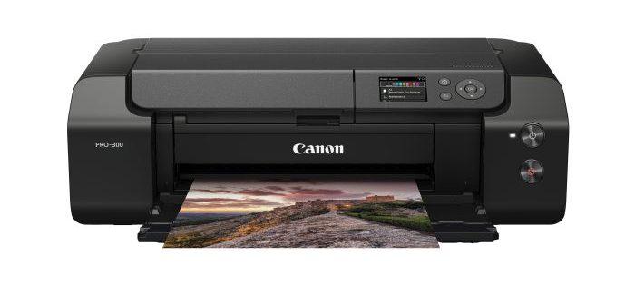 Upoznajte se sa štampačem imagePROGRAF PRO-300 – visokokvalitetnim, profesionalnim A3+ fotoštampačem dizajniranim da štedi prostor